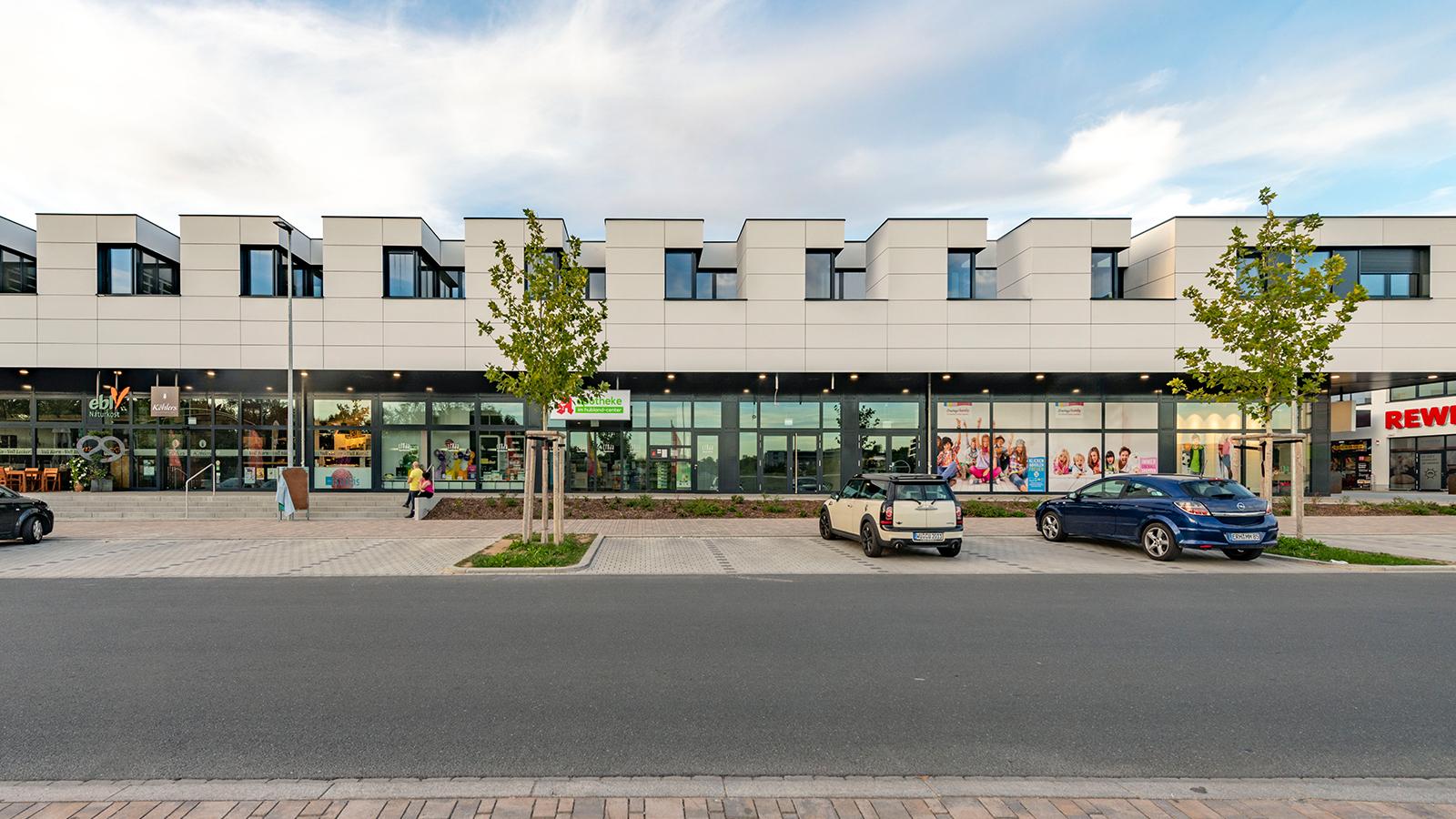 h2m-architekten-hubland-center-wuerzburg-ansicht-sueden