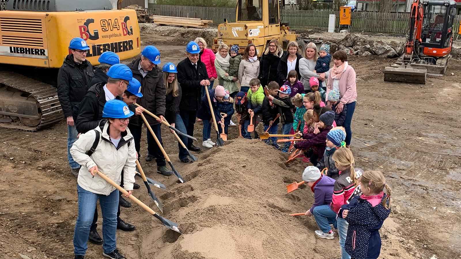 h2m-architekten-spatenstich-kindergarten-kronach