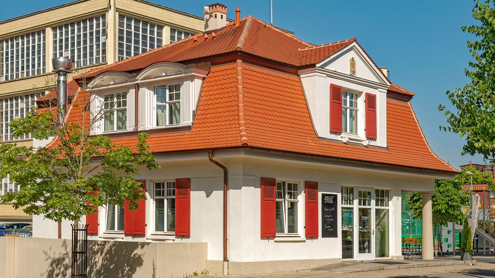 h2m-pfoertnerhaus-alte-spinnerei-kulmbach-denkmalschutz-sanierung-fassade-süden
