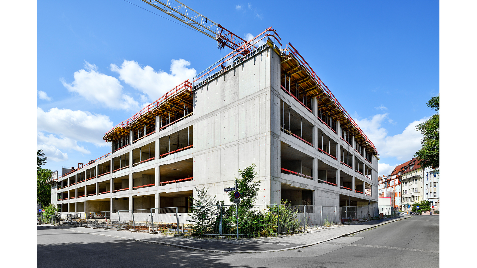 maria-ward-schulen-nuernberg-baustelle-rohbau-aussenansicht-fassade